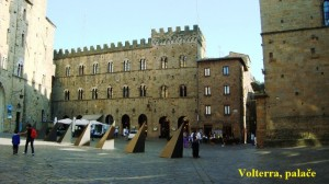 05_7_RM_Volterra_Palače