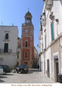 D01_15_Torre_orologio_Noci_MZaccaria_Wiki