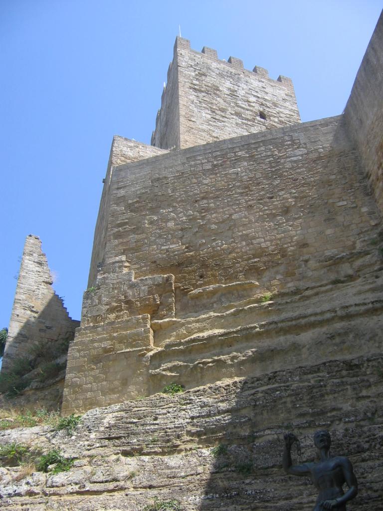enna_castello_di_lombardia_wiki