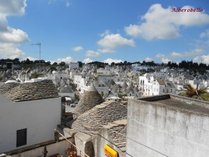 R111_Alberobello