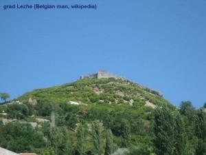 YU_11_Lezhë_Castle_Belgian_man_wiki