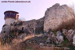 YU_13_Petrela,_albaniantours_al